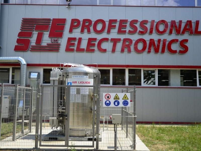 Neuer Behälter für Flüssigstickstoff 3000 l in SET GmbH